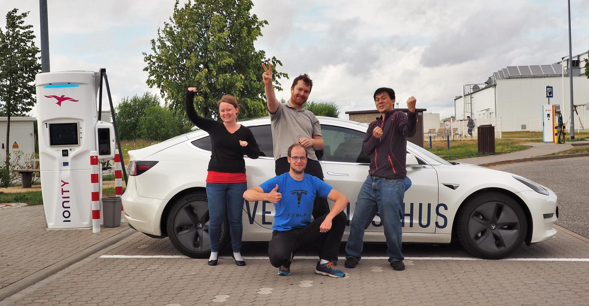 Норвежец установил мировой рекорд суточной дальности хода для электромобилей проехав 2781 км за 24 часа на Tesla Model 3