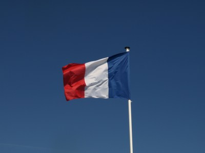 Франция приняла спорный закон о дополнительном налоге на крупные IT-компании