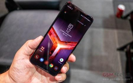 Игровой смартфон ASUS ROG Phone II получил дисплей с частотой 120 Гц, разогнанную SoC Snapdragon 855 Plus и внешний кулер
