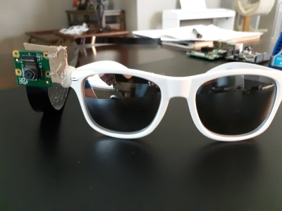 Инженер-энтузиаст создал очки, с помощью которых можно управлять умным домом жестами