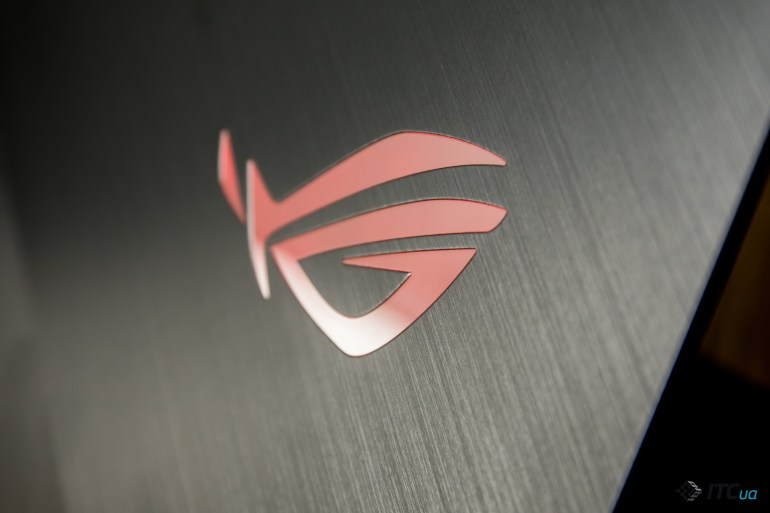 ROG Strix SCAR III лого