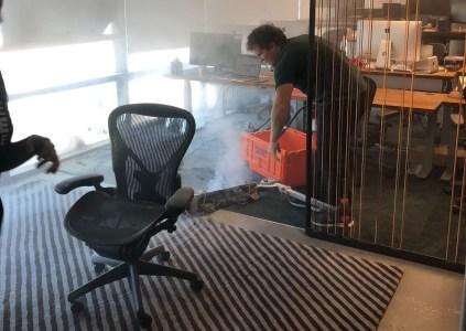 Штаб-квартиру Dropbox пришлось эвакуировать из-за возгорания электрического скутера