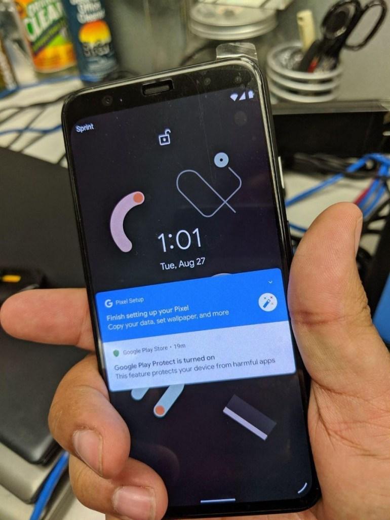 Новые живые фото Pixel 4 демонстрируют широкую верхнюю рамку над экраном, стоить смартфон будет минимум $1100