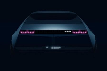 Hyundai привезет на Франкфуртское автошоу концепт электромобиля «45», выполненный в ретро-стиле 70-х годов прошлого века