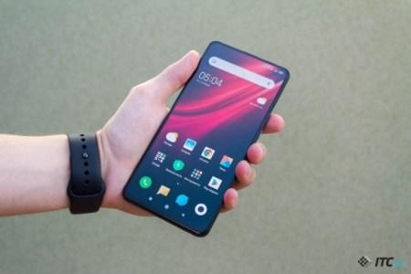 Дождались. Смартфон Xiaomi Mi 9T Pro уже можно заказать в Украине, версию 6/128 ГБ со скидкой за 12 999 грн