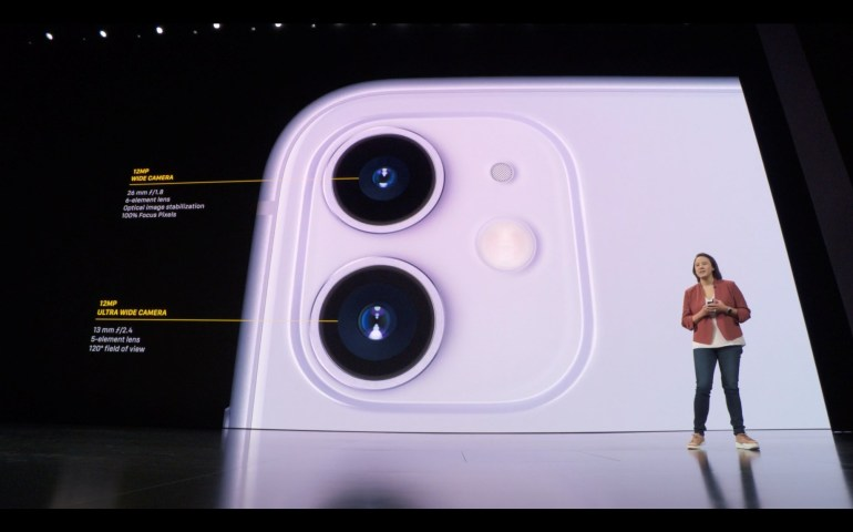 iPhone 11: цена от $699, знакомый дизайн, две камеры и новые цвета