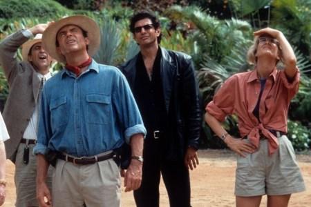 Лора Дерн, Джефф Голдблюм и Сэм Нилл сыграют своих героев из «Парка Юрского периода» 1993 года в «Мире Юрского периода 3», премьера назначена на 21 июня 2021 года