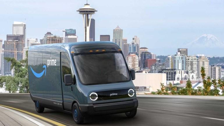 """Amazon заказала у Rivian 100 тыс. электрических фургонов для доставки заказов и обещает к 2030 году стать на 100% """"зеленой"""" компанией"""