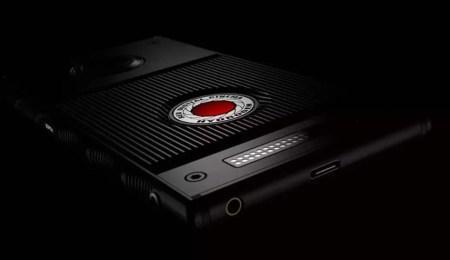 Не вышло. RED закрывает проект по выпуску голографических смартфонов Hydrogen, основатель Джим Дженнард уходит в отставку