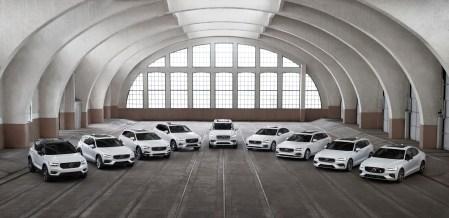 Volvo представил новый план по сокращению выбросов CO2 и анонсировал новую линейку Recharge для электромобилей и гибридов