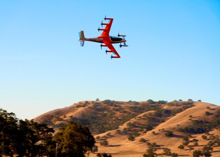 «В 100 раз тише вертолета». Финансируемый Ларри Пейджем стартап Kitty Hawk представил одноместный электрический конвертоплан Heaviside с дальностью полета до 160 км