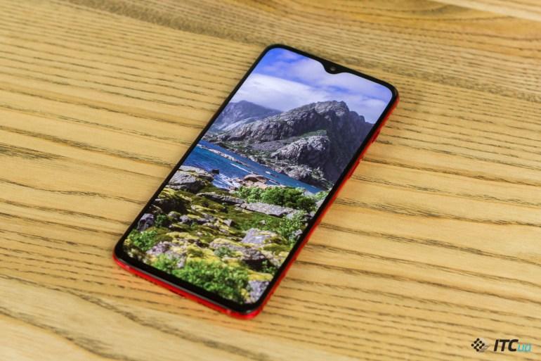 OnePlus 7 дисплей