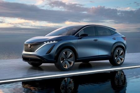 В Токио представили концепт электрокроссовера Nissan Ariya, его серийная версия с запасом хода 480 км выйдет ориентировочно в 2021 году