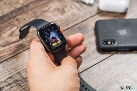 В минувшем квартале было продано 14,2 млн умных часов (рост на 42%), каждые вторые — Apple Watch