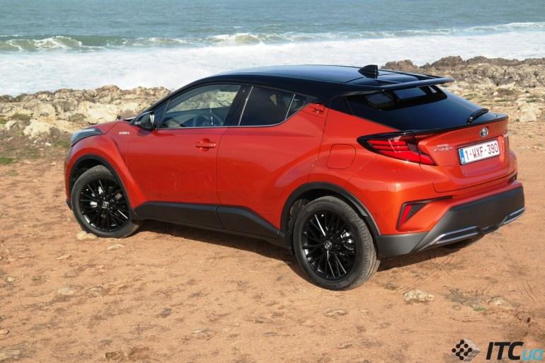 Первый взгляд на Toyota C-HR 2020: новый гибрид – для новых клиентов