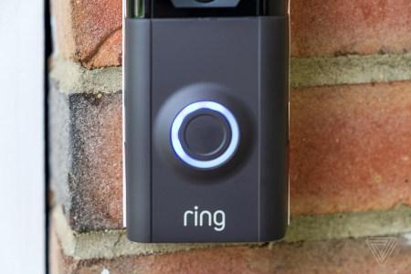 В сеть утекли данные тысяч пользователей умных дверных звонков Amazon Ring