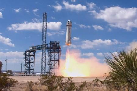 Сегодня Blue Origin произведёт 9-й коммерческий запуск ракеты New Shepard для 100-го клиента