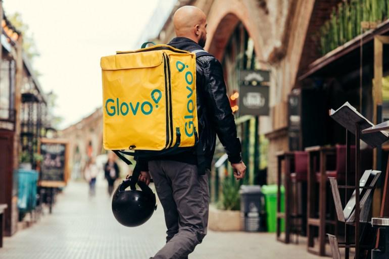 "Сервис курьерской доставки Glovo привлек 150 млн евро инвестиций, получив статус ""единорога"""