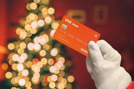 Теперь платежные карты можно покупать и дарить