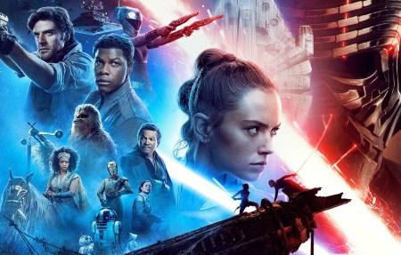 В первый уикэнд Star Wars: The Rise of Skywalker / «Звездные войны: Скайуокер. Восхождение» собрал $175 млн дома и почти $200 млн за рубежом (это хуже, чем у The Force Awakens и The Last Jedi)