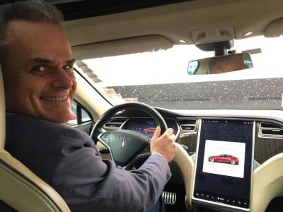 Немецкий энтузиаст проехал 1 миллион километров на собственном электромобиле Tesla Model S, дважды заменив батарею и трижды — двигатель