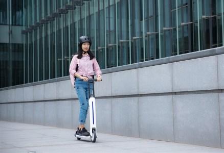 Segway-Ninebot привезла на CES 2020 электросамокат с круиз-контролем и другие свои новинки