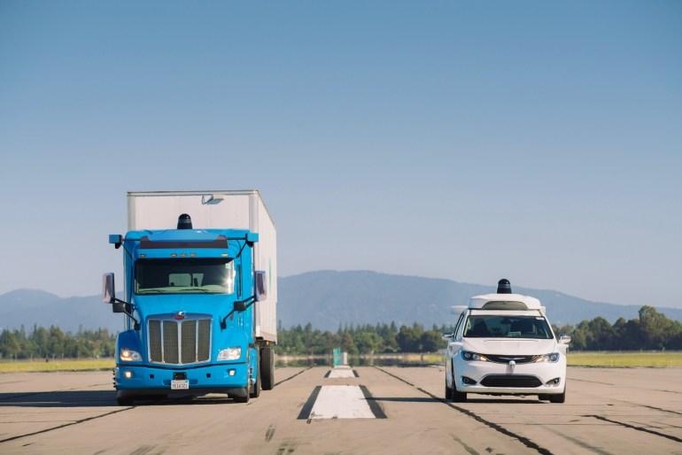 Беспилотные грузовики Waymo вскоре выедут на дороги общего пользования в штатах Нью-Мексико иТехас