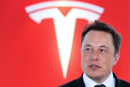 Илон Маск хочет, чтобы один из новых автомобилей Tesla был спроектирован силами исключительно китайских специалистов