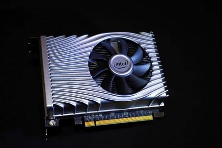 Прототип видеокарты Intel DG1 Xe для разработчиков ПО показался на рендерах