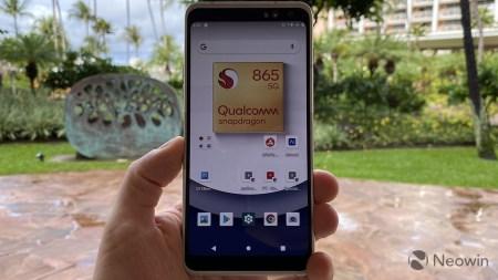 Qualcomm похвасталась популярностью Snapdragon 865 (список будущих смартфонов) и показала референсный дизайн гарнитуры смешанной реальности на базе платформы Snapdragon XR2