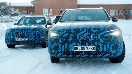 Электрокроссоверы Mercedes-Benz EQA и EQB поймали практически без камуфляжа во время зимних тестов [фотогалерея]