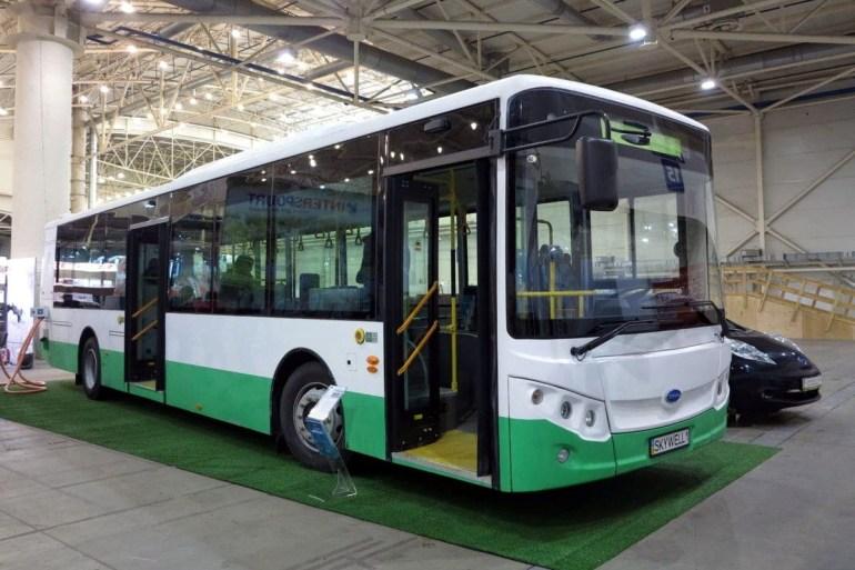 """Виталий Кличко: """"До конца года Киев планирует приобрести 70 экологичных автобусов"""""""