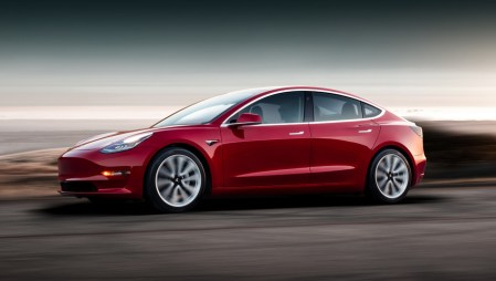 Tesla предлагает за $5500 пакет Track Package для «прокачки» Model 3 Performance