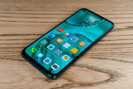 Обзор смартфона Huawei P40 Lite