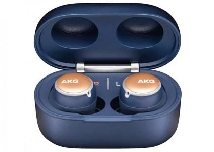AKG N400 – полностью беспроводные наушники с активным шумоподавлением и защитой от воды