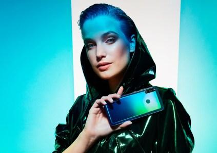 Смартфон Huawei P40 lite E с тремя камерами, SoC Kirin 710F и HMS можно будет купить с 25 марта по специальной цене 3999 грн