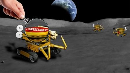 NASA собирается построить гигантский радиотелескоп на обратной стороне Луны, доверив его сборку роботам