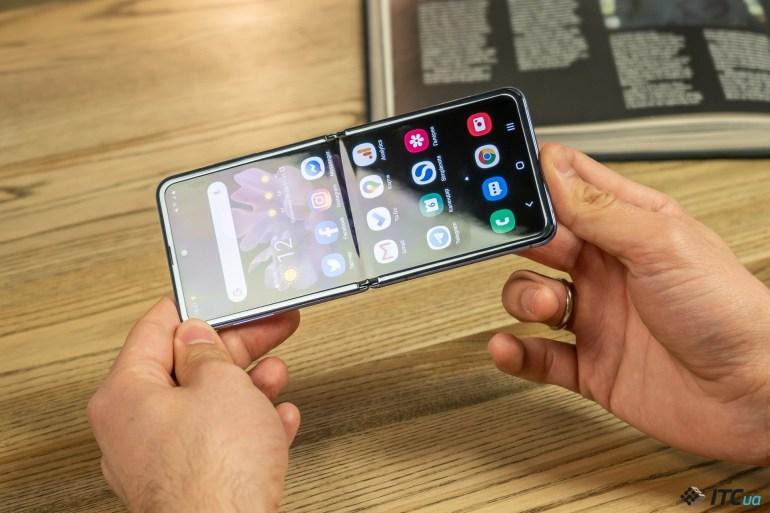 Samsung Galaxy Z Flip: прошлое и будущее в одном корпусе