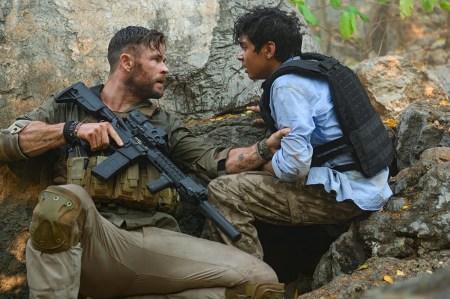 Джо Руссо договорился с Netflix о выпуске второй части боевика Extraction. Ожидается, что в проект вернутся Крис Хемсворт и Сэм Харгрейв