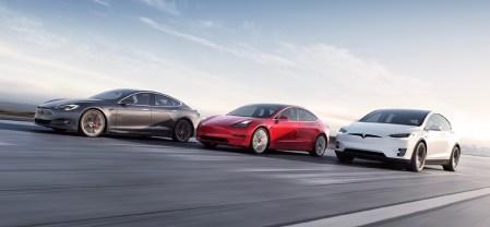 Цена акций Tesla впервые в истории превысила $1000. Теперь автомобильная компания Маска является самой дорогой в мире