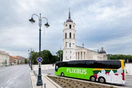 Автобусный лоукостер FlixBus запустил новые линии из Киева, объединив Украину, Польшу и страны Балтии [карта маршрутов]