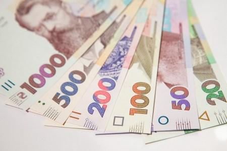 Правительство одобрило «Прогноз развития Украины на 2021-2023 годы», к концу периода минимальная зарплата вырастет до 7176 грн, а ЕСВ для ФОП — до 4736 грн за квартал