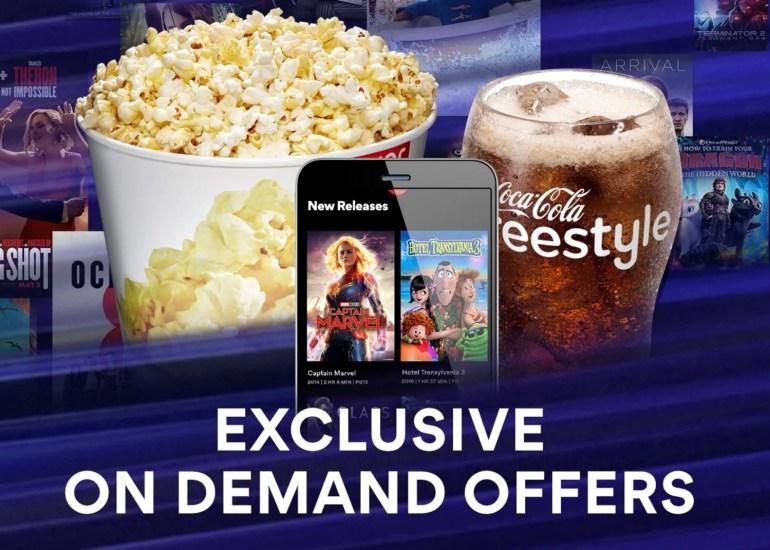 Universal и AMC Theatres подписали историческую сделку. Теперь фильмы можно выкладывать в цифровых сервисах через 17 дней после кинопремьеры (а не через 90, как ранее)
