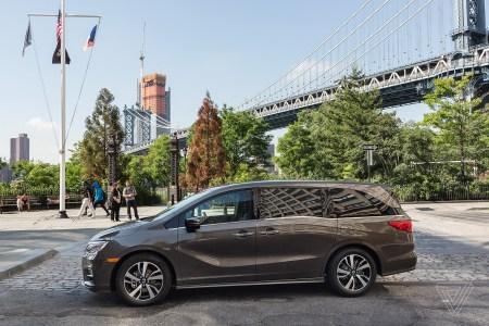 Honda отзывает 608 тыс. автомобилей из-за ошибок в программном обеспечении