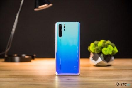 Huawei об истечении срока генеральной лицензии: Для пользователей ничего не изменится, обновления и далее будут выходить