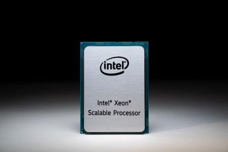 Intel рассказала о процессорах Xeon 3-го поколения (Ice Lake-SP): техпроцесс 10-нм+, ядра Sunny Cove, прирост IPC на 18%