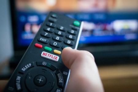 Netflix начал тестировать функцию Shuffle Play, которая предлагает пользователям «случайно выбранные» фильмы и сериалы