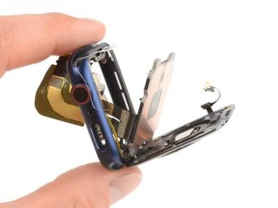 iFixit: В Apple Watch Series 6 используются более крупные аккумуляторы, но больше нет компонентов Force Touch