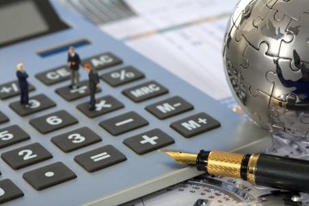 Новый законопроект предлагает списывать долги со счетов предпринимателей без решения суда