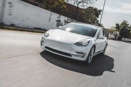 Tesla Model 3 обошел Renault Zoe, став самым продаваемым электромобилем в Европе